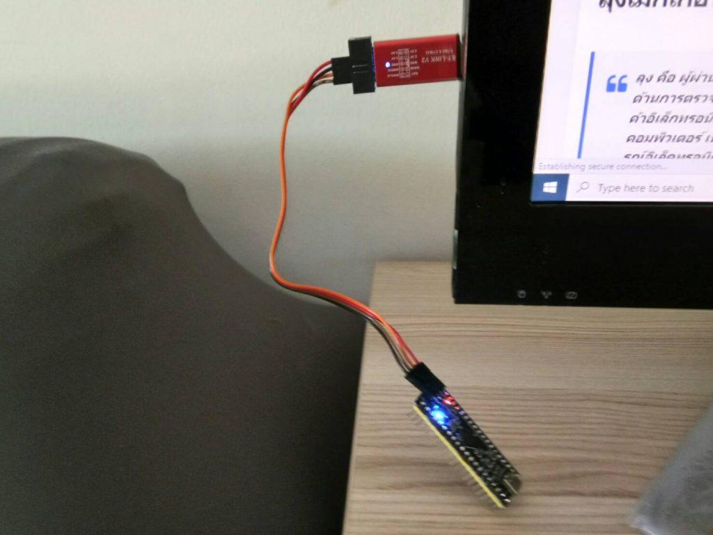 STM32  ไฟ LED สีน้ำเงิน กระพริบ